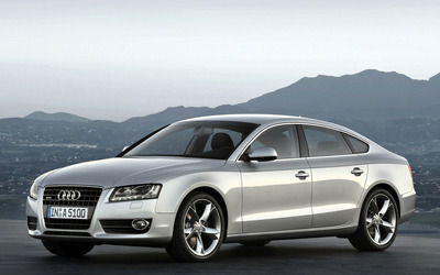 Silver Audi A5 front side view wallpaper