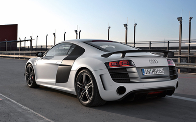 Silver Audi R8 on the street wallpaper