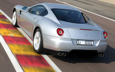 Silver Ferrari California side view wallpaper