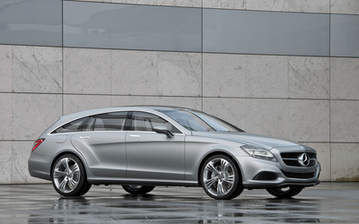 Silver Mercedes-Benz CLS side view wallpaper