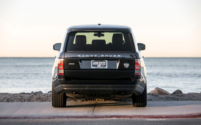 STRUT Land Rover Range Rover back view wallpaper
