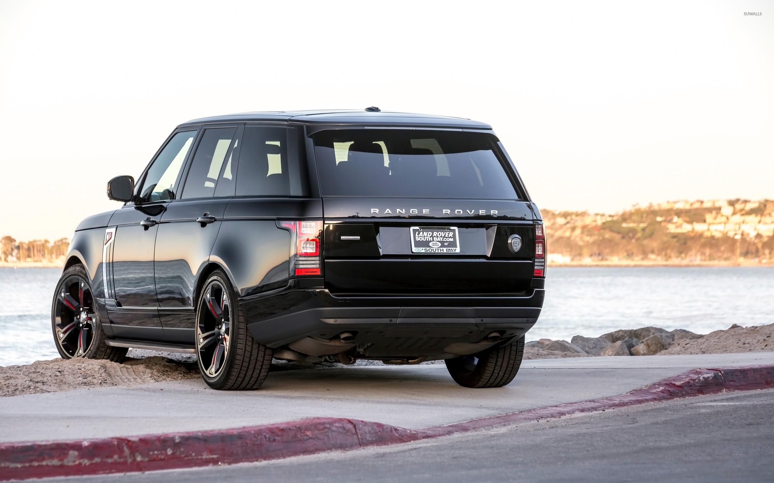Strut Land Rover Range Rover Parked Back Side View