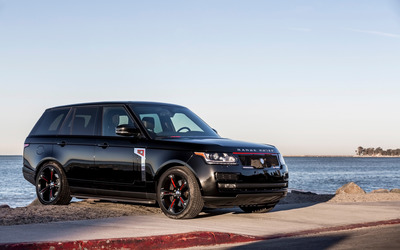 STRUT Land Rover Range Rover parked front side view wallpaper