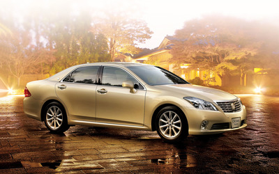 Toyota Crown wallpaper