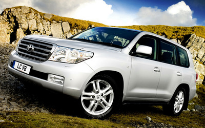Toyota Land Cruiser [7] Wallpaper
