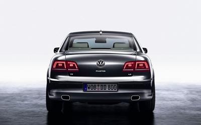 Volkswagen Phaeton V8 Wallpaper