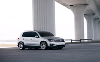 Volkswagen Tiguan under a bridge wallpaper 1920x1200 jpg