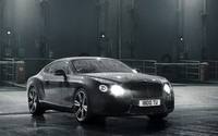 Water drops on a 2014 Bentley Continental GT wallpaper 1920x1080 jpg