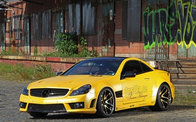 Yellow Mercedes-Benz SL55 AMG wallpaper