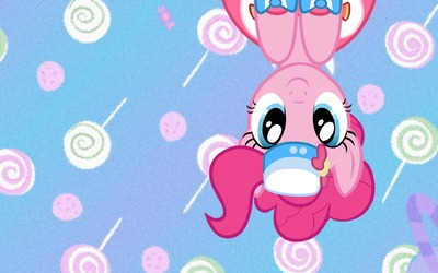 Upside down Pinkie Pie from My Little Pony wallpaper