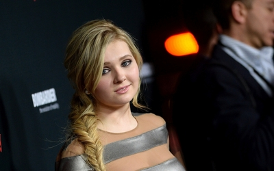 Abigail Breslin [5] wallpaper