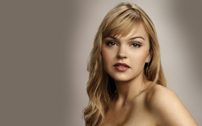 Aimee Teegarden [2] wallpaper