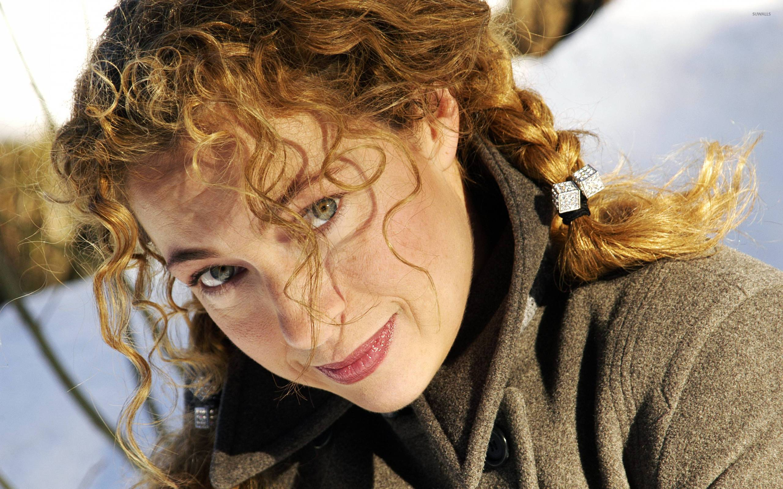 Communication on this topic: Andrea Libman, alex-kingston-born-1963/