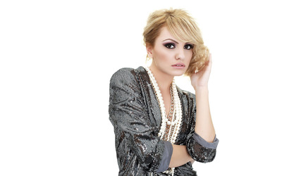 Alexandra Stan [8] wallpaper