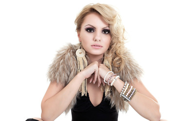Alexandra Stan [10] wallpaper