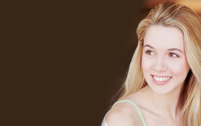 Alona Tal wallpaper