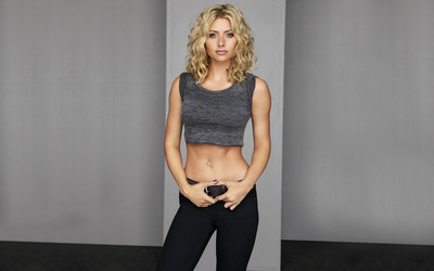 Alyson Michalka wallpaper