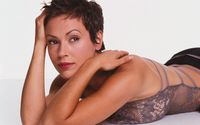 Alyssa Milano [9] wallpaper 2560x1600 jpg