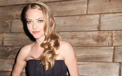 Amanda Seyfried [26] wallpaper