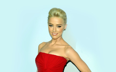 Amber Heard [32] wallpaper