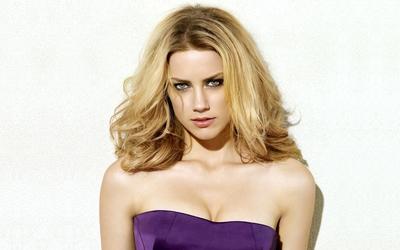 Amber Heard [22] wallpaper