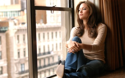 Angelina Jolie [5] wallpaper