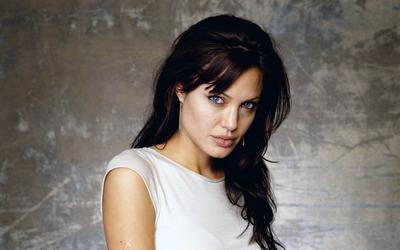 Angelina Jolie [13] wallpaper