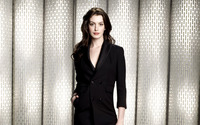 Anne Hathaway [17] wallpaper 2560x1600 jpg