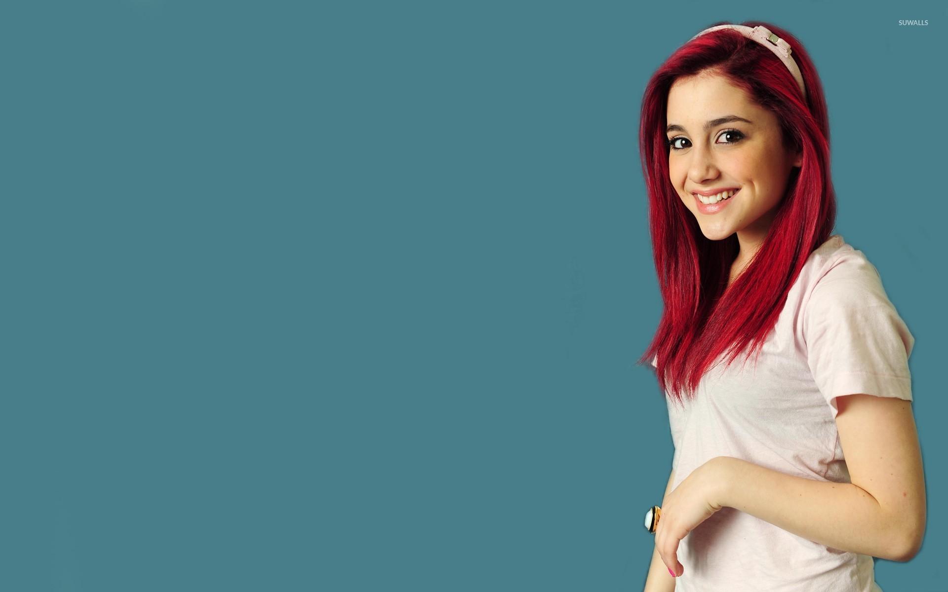 Ariana Grande [18] wallpaper