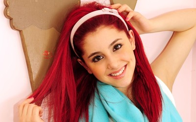 Ariana Grande [24] wallpaper
