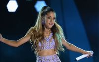 Ariana Grande [25] wallpaper 2880x1800 jpg