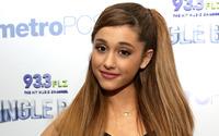 Ariana Grande [23] wallpaper 1920x1200 jpg