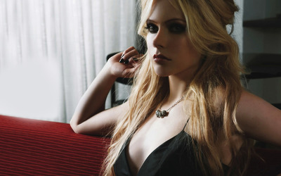 Avril Lavigne [15] wallpaper