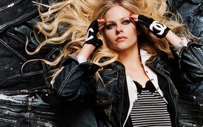Avril Lavigne [13] wallpaper