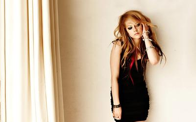 Avril Lavigne [27] wallpaper