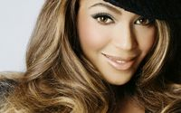 Beyonce with a black hat wallpaper 3840x2160 jpg