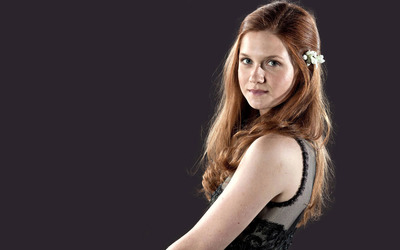 Bonnie Wright [2] wallpaper