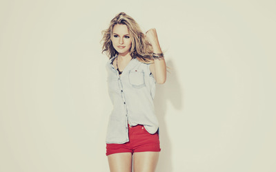 Bridgit Mendler [5] wallpaper