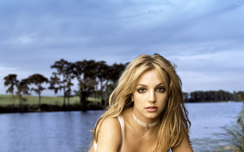 Britney Spears 21 Wallpaper