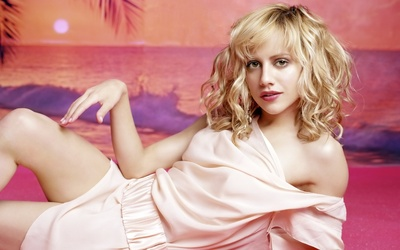 Brittany Murphy [2] wallpaper