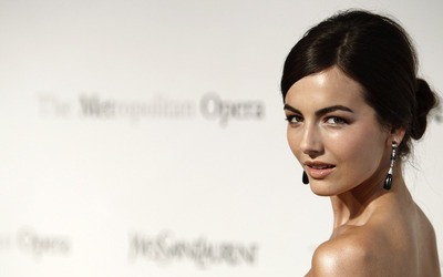 Camilla Belle [2] wallpaper