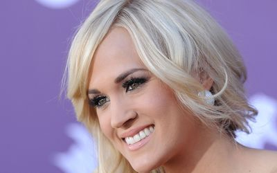 Carrie Underwood [28] wallpaper