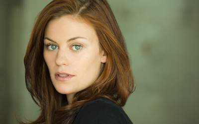 Cassidy Freeman wallpaper