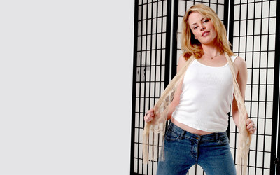 Chandra West [2] wallpaper