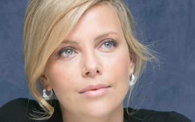 Charlize Theron [11] wallpaper
