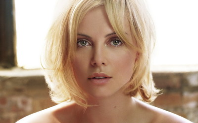 Charlize Theron [5] wallpaper