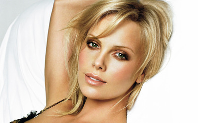 Charlize Theron [23] wallpaper