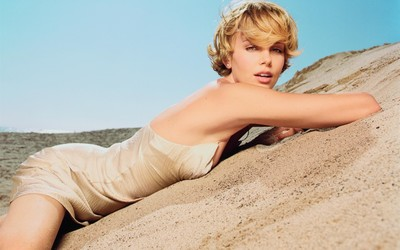 Charlize Theron [14] wallpaper