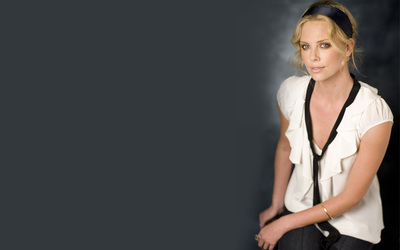 Charlize Theron [27] wallpaper