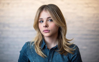 Chloe Grace Moretz [2] wallpaper 1920x1200 jpg